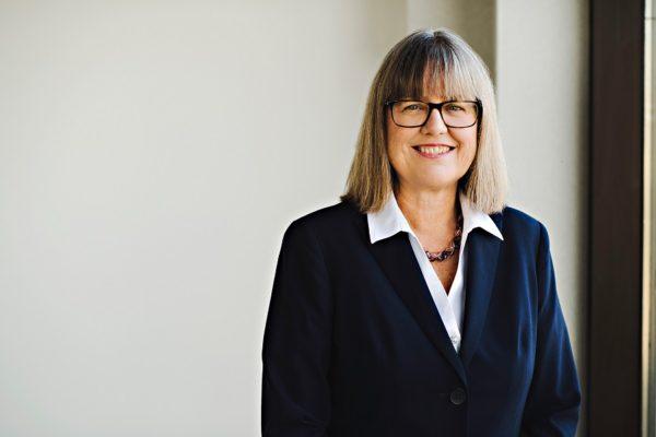 Donna Strickland reçoit un doctorat d'honneur de l'INRS