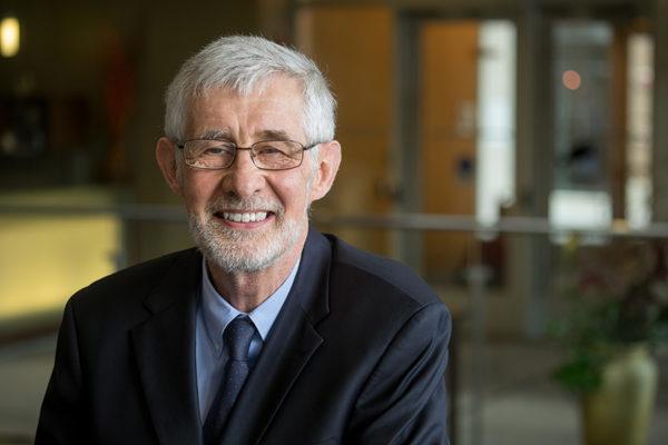 Le professeur Peter G. C. Campbell honoré à nouveau