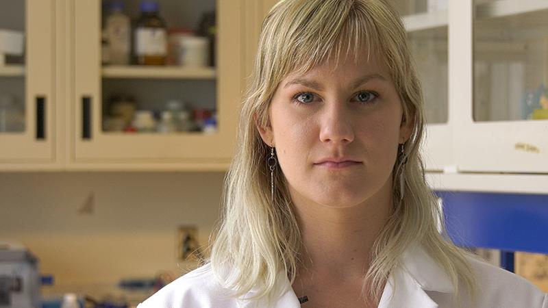 Roxanne Bérubé, doctorante en sciences de l'eau, spécialisée en écotoxicologie