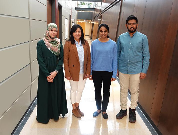 quatre étudiants participant au 3MT INRS 2019