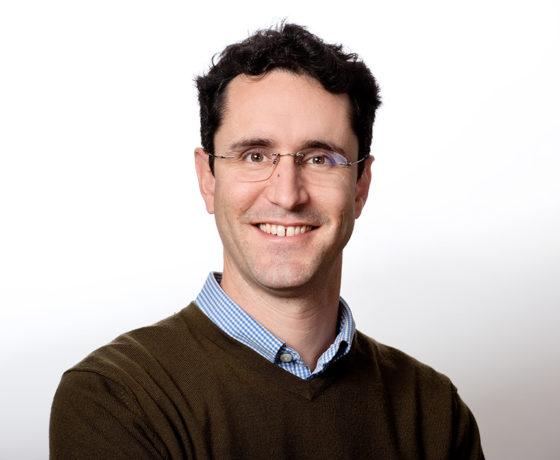 Bernard Giroux professeur en géophysique appliquée
