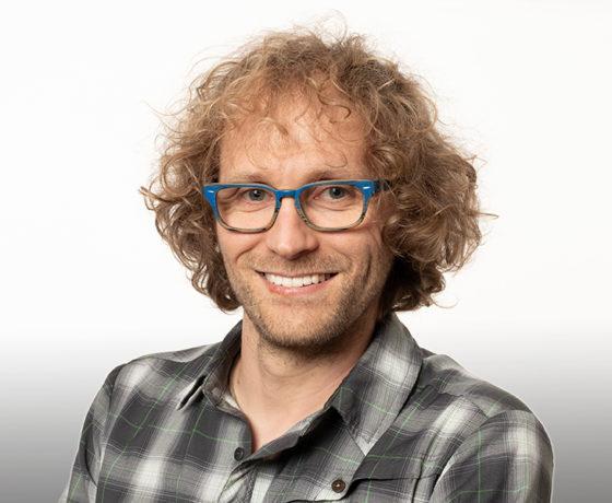 Jérôme Comte professeur en Diversité et fonction microbienne