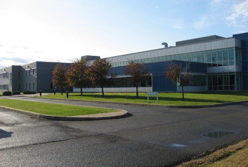 Le Centre Énergie Matériaux Télécommunications situé à Varenne