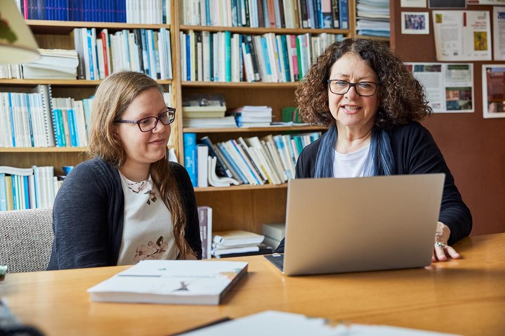 Comment trouver un directeur de recherche à l'INRS
