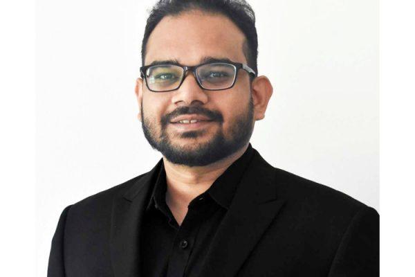 Sharif Sadaf, professeur au Centre Énergie Matériaux Télécommunications