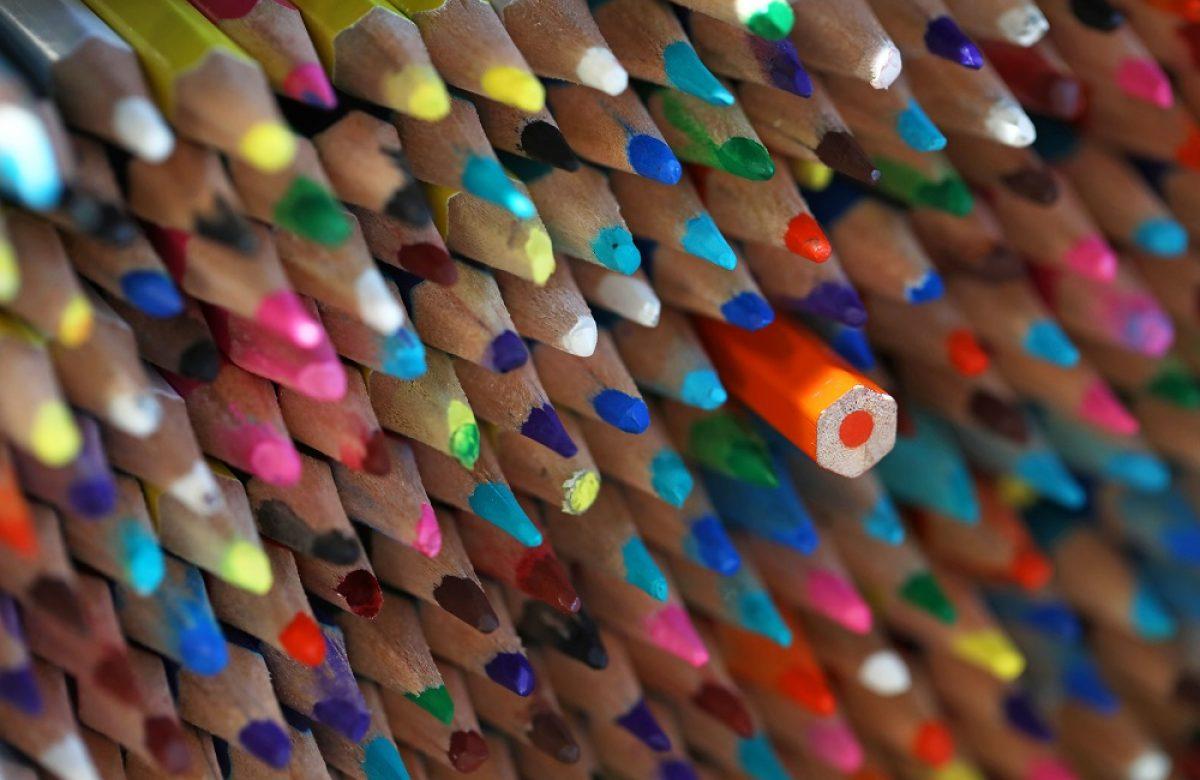 Des crayons de couleur / Color pens