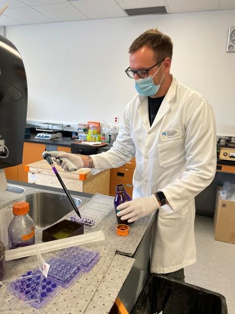 Clément Mazeaud, étudiant au doctorat en virologie et immunologie à l'INRS